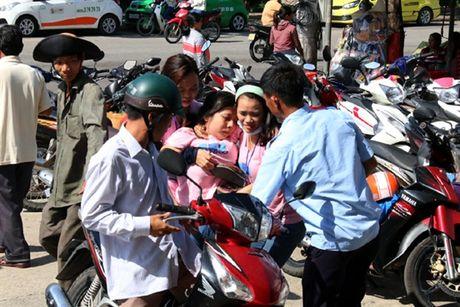Quang Nam huy dong tong luc lam ro nguyen nhan cong nhan ngat xiu - Anh 3
