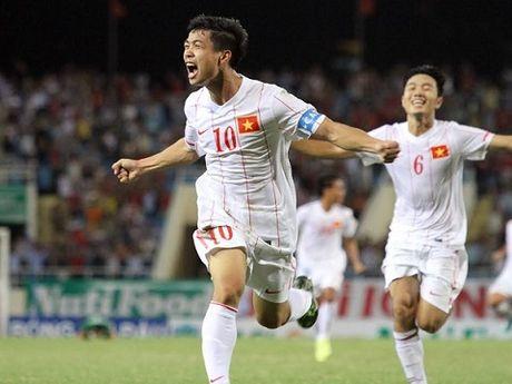 U19 Nhat Ban chi gap kho khi da voi lua Cong Phuong - Anh 1