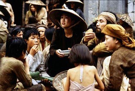 Huyen thoai Catherine Deneuve tro lai Viet Nam cung 'Dong Duong' - Anh 9