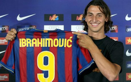 Zlatan Ibrahimovic va 'cai dop' so 9 o MU - Anh 4