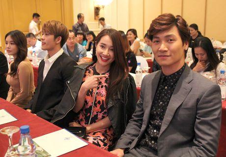 Ngam cap doi Nha Phuong - Kang Tae Oh o le ra mat 'Tuoi thanh xuan 2' - Anh 10