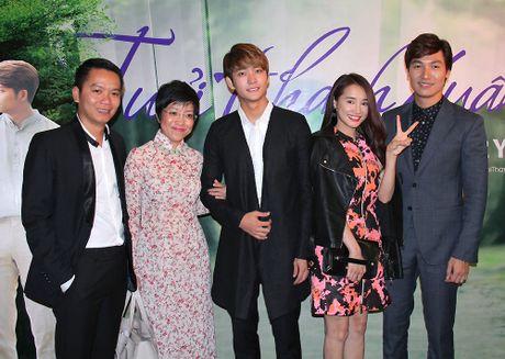 Ngam cap doi Nha Phuong - Kang Tae Oh o le ra mat 'Tuoi thanh xuan 2' - Anh 12