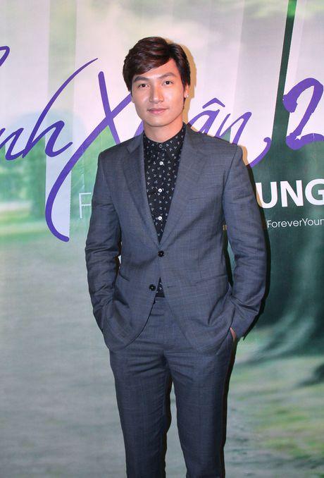 Ngam cap doi Nha Phuong - Kang Tae Oh o le ra mat 'Tuoi thanh xuan 2' - Anh 8