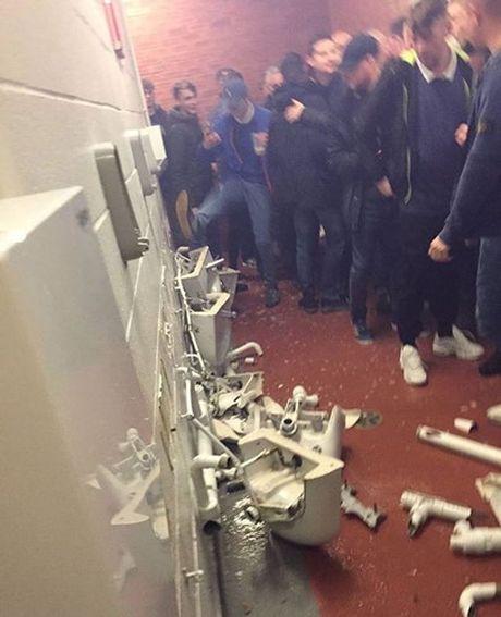 CDV Man City 'tan pha' san Old Trafford sau tran thua dau truoc MU - Anh 2