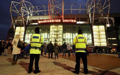 CDV Man City 'tan pha' san Old Trafford sau tran thua dau truoc MU - Anh 4