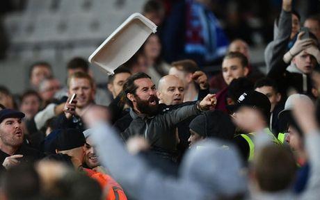 CDV Man City 'tan pha' san Old Trafford sau tran thua dau truoc MU - Anh 8