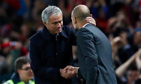Mourinho lap ky luc dang ne truoc Guardiola - Anh 1
