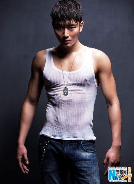 Choang voi 'Bao Cong' dien trai, co bap nhat man anh - Anh 15
