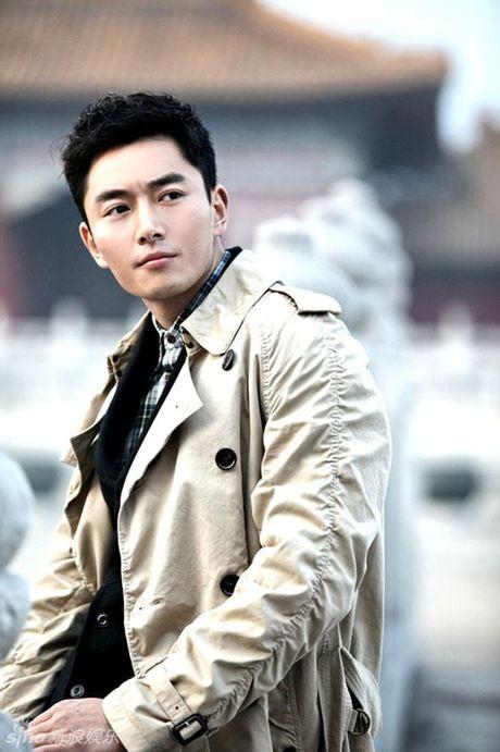 Choang voi 'Bao Cong' dien trai, co bap nhat man anh - Anh 20