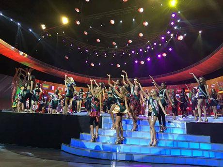 Nam Em lap ky tich lot top 8 Hoa hau Trai Dat 2016 - Anh 3