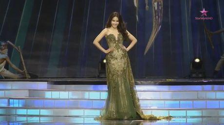 Nam Em lap ky tich lot top 8 Hoa hau Trai Dat 2016 - Anh 8