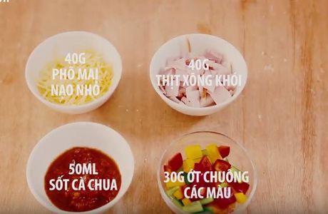 Cac buoc lam pizza cuc ngon bang noi com dien - Anh 8
