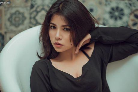 Nu sinh Ha thanh 14 tuoi khoe anh tao bao khong tuong - Anh 1