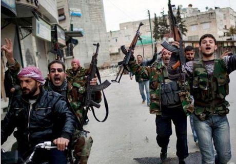 Luc luong noi day phan cong quan doi Chinh phu Syria - Anh 1