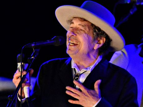 Nhac si nguoi My Bob Dylan dong y nhan giai thuong Nobel Van hoc - Anh 1