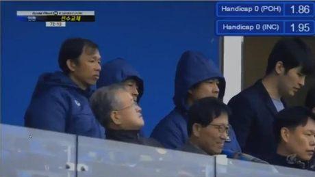 HLV Huu Thang truc tiep xem Xuan Truong da 71 phut o K-League - Anh 3