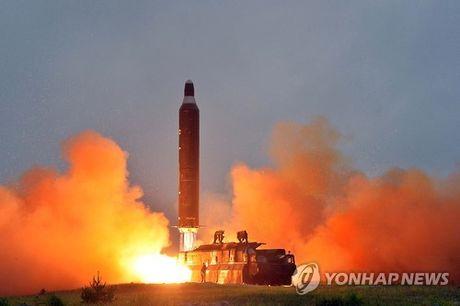 Ong Kim Jong-un nghi My-Han pha ten lua Trieu Tien - Anh 1