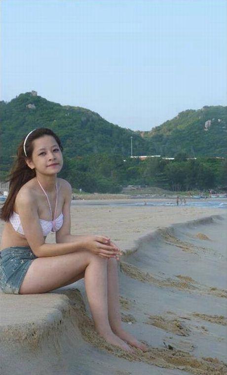 Chi Pu tu tin dien bikini du bi gan mac 'hot girl nguc lep' - Anh 1