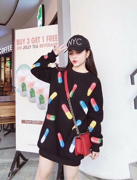3 hot girl chu shop da lam me van kute nhu hoc sinh cap 2 - Anh 1