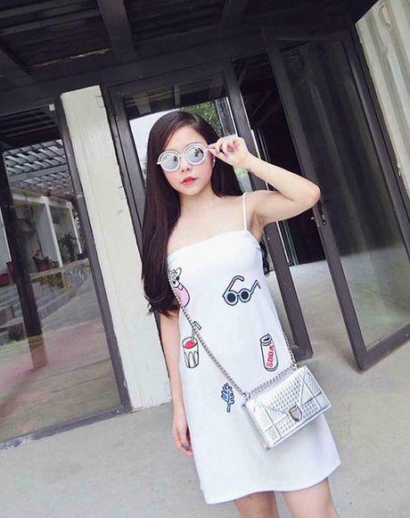 3 hot girl chu shop da lam me van kute nhu hoc sinh cap 2 - Anh 4