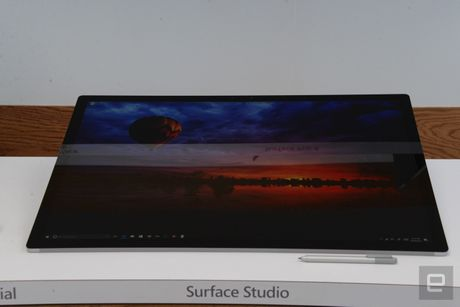 Microsoft ra mat Surface Studio 'doi choi' voi iMac cua Apple - Anh 2