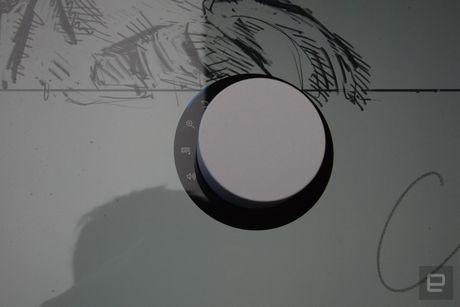 Microsoft ra mat Surface Studio 'doi choi' voi iMac cua Apple - Anh 6