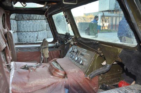 Kha nang dac biet cua 'vua xe dia hinh' banh xich S-300 Vityaz - Anh 22