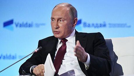 Nhung tuyen bo 'dam chat Putin' tai cau lac bo chinh tri Valdai - Anh 3