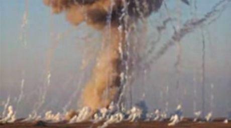Co van Tong thong Assad: My dang khien phan tu IS tran vao Syria - Anh 1