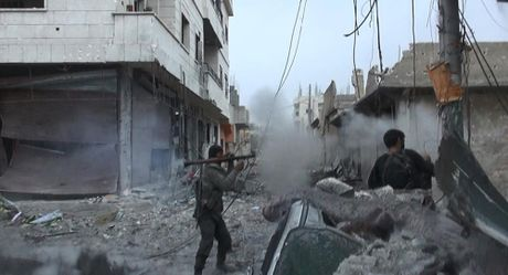 Dai chien o Raqqa: My muon gi sau khi voi va tuyen bo mo chien dich quan su o Syria? - Anh 1