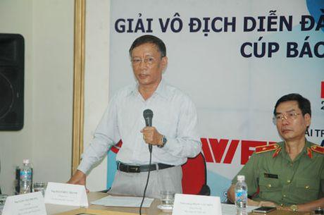 800 VDV tham du Giai vo dich Dien dan bong ban Viet Nam tranh Cup Bao CAND - Anh 4
