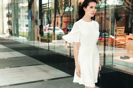 Nguoi dep Phan Thi Mo hoa thanh quy co cong so - Anh 1