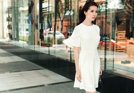 Nguoi dep Phan Thi Mo hoa thanh quy co cong so - Anh 7