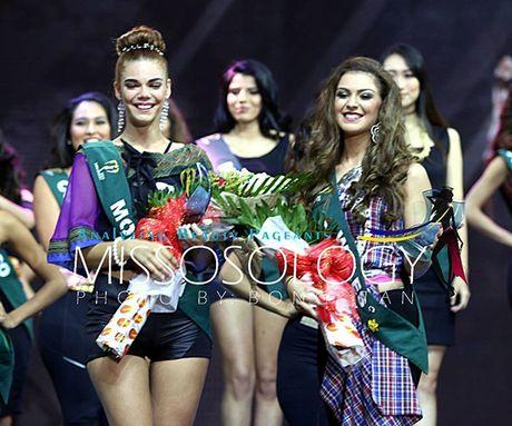 Nam Em lot top 8 Miss Earth - Hoa hau trai dat 2016 - Anh 9