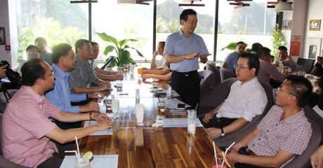 Quang Ninh: Ca phe Doanh nhan ho tro phap ly cho doanh nghiep - Anh 1
