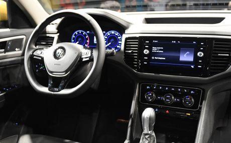 Can canh Volkswagen Atlas 2018 hoan toan moi, doi thu Toyota Highlander - Anh 10