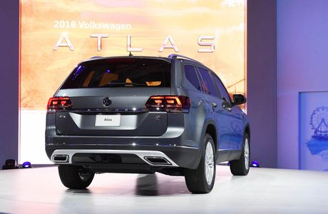 Can canh Volkswagen Atlas 2018 hoan toan moi, doi thu Toyota Highlander - Anh 7