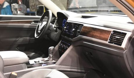 Can canh Volkswagen Atlas 2018 hoan toan moi, doi thu Toyota Highlander - Anh 9