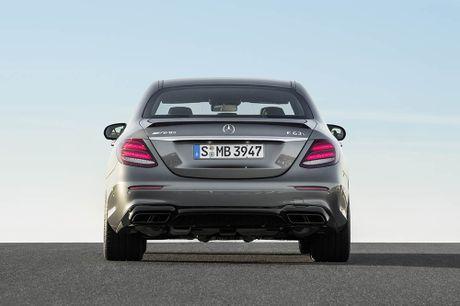 Ra mat 'sieu sedan' Mercedes AMG E 63 2017 nhanh tua sieu xe - Anh 7