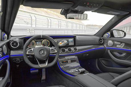 Ra mat 'sieu sedan' Mercedes AMG E 63 2017 nhanh tua sieu xe - Anh 8