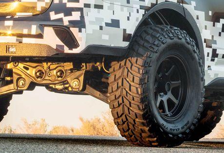 Do Hyundai Santa Fe thanh chien binh offroad hang nang - Anh 7