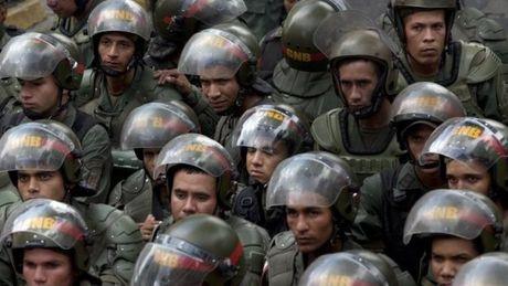Dinh cong o Venezuela doi lat do Tong thong Maduro - Anh 3