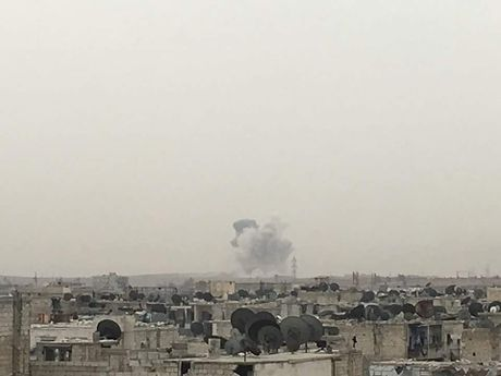 Hang ngan quan thanh chien lieu chet pha vay Aleppo - Anh 1