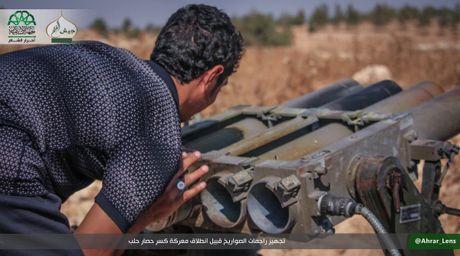 Hang ngan quan thanh chien lieu chet pha vay Aleppo - Anh 6