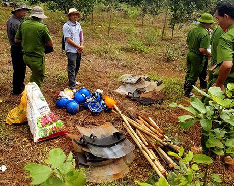 Bo Cong an dieu tra vu xa sung 3 nguoi chet o Dak Nong - Anh 2