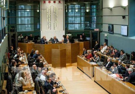 Bi chinh thuc khep lai tranh cai ve CETA - Anh 1