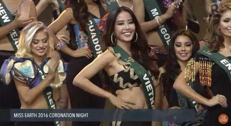 Dung chan tai Top 8 nhung Nam Em da toa sang nhu the nay tai Miss Earth 2016 - Anh 7