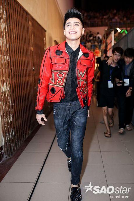 Mac ap luc, Noo Phuoc Thinh van cu dang yeu trong hau truong Chung Ket The Voice Kids - Anh 1