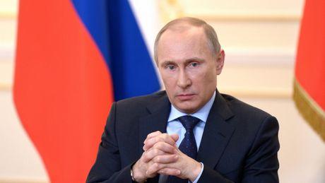 Tong thong Putin bac de nghi nem bom Aleppo cua Bo Quoc phong Nga - Anh 1