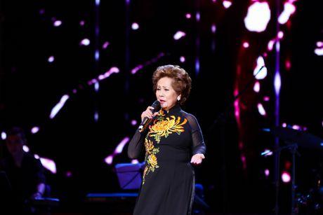 MC Nguyen Cao Ky Duyen 'muon lam vo 5 cua Che Linh' - Anh 11